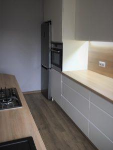 Kuchnia na wymiar z oświetleniem LED